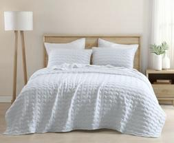 3-Piece Wave Embroidered Stitch Quilted Microfiber Bedspread