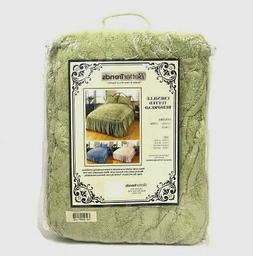 Better Trends Chenille Tufted Bedspread in Sage - Queen