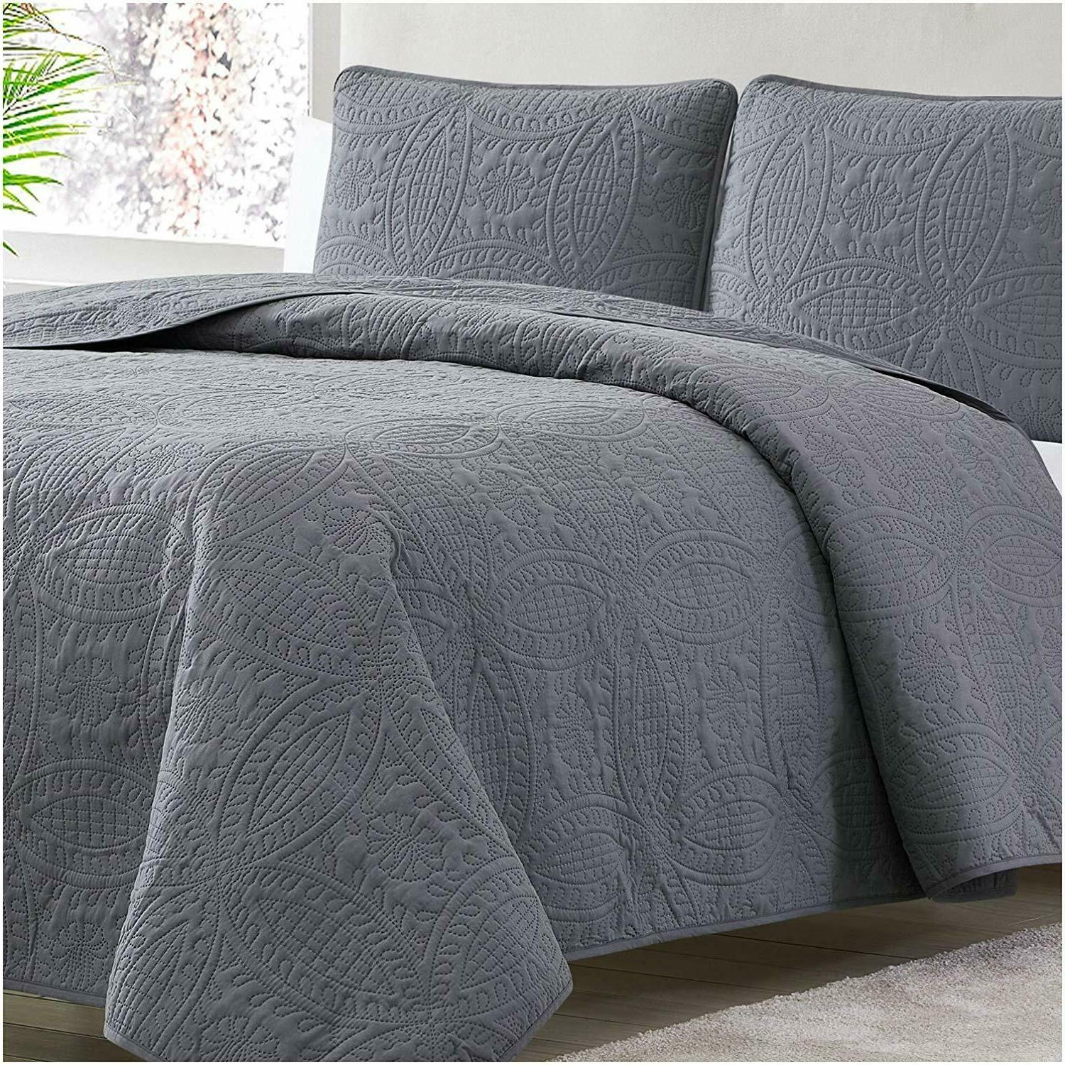 Mellanni Coverlet 3-Piece Oversized Bed Cover, Ultrasonic Quilt