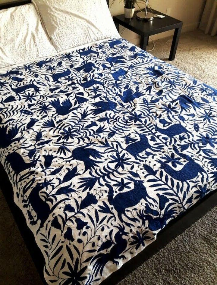 Bedspread white fabric