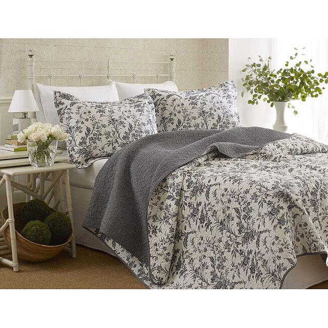 3-Piece LAURA ASHLEY Coverlet QUILT Set QUEEN Size REVERSIBL