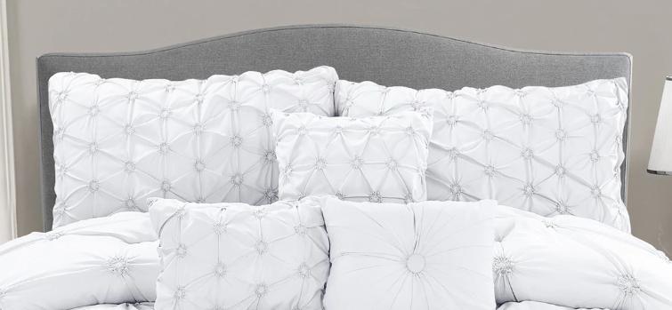 Queen Set White Romantic Bedspread Lightweight