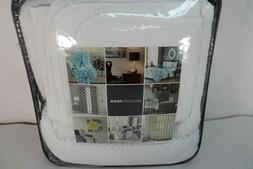 Madison Park White Margaux Quilted Bedspread Set - 3pc Size